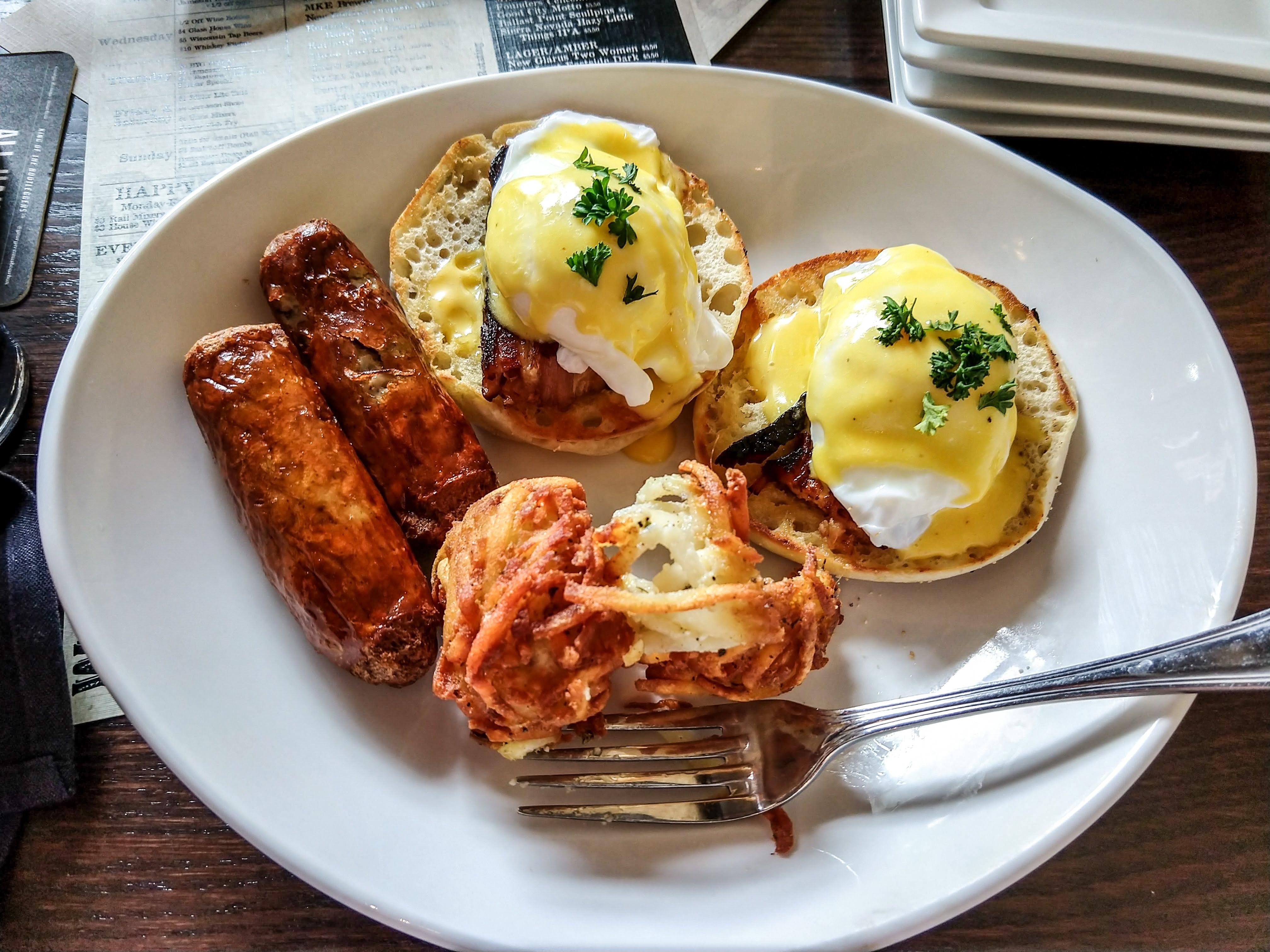eggs benny dish