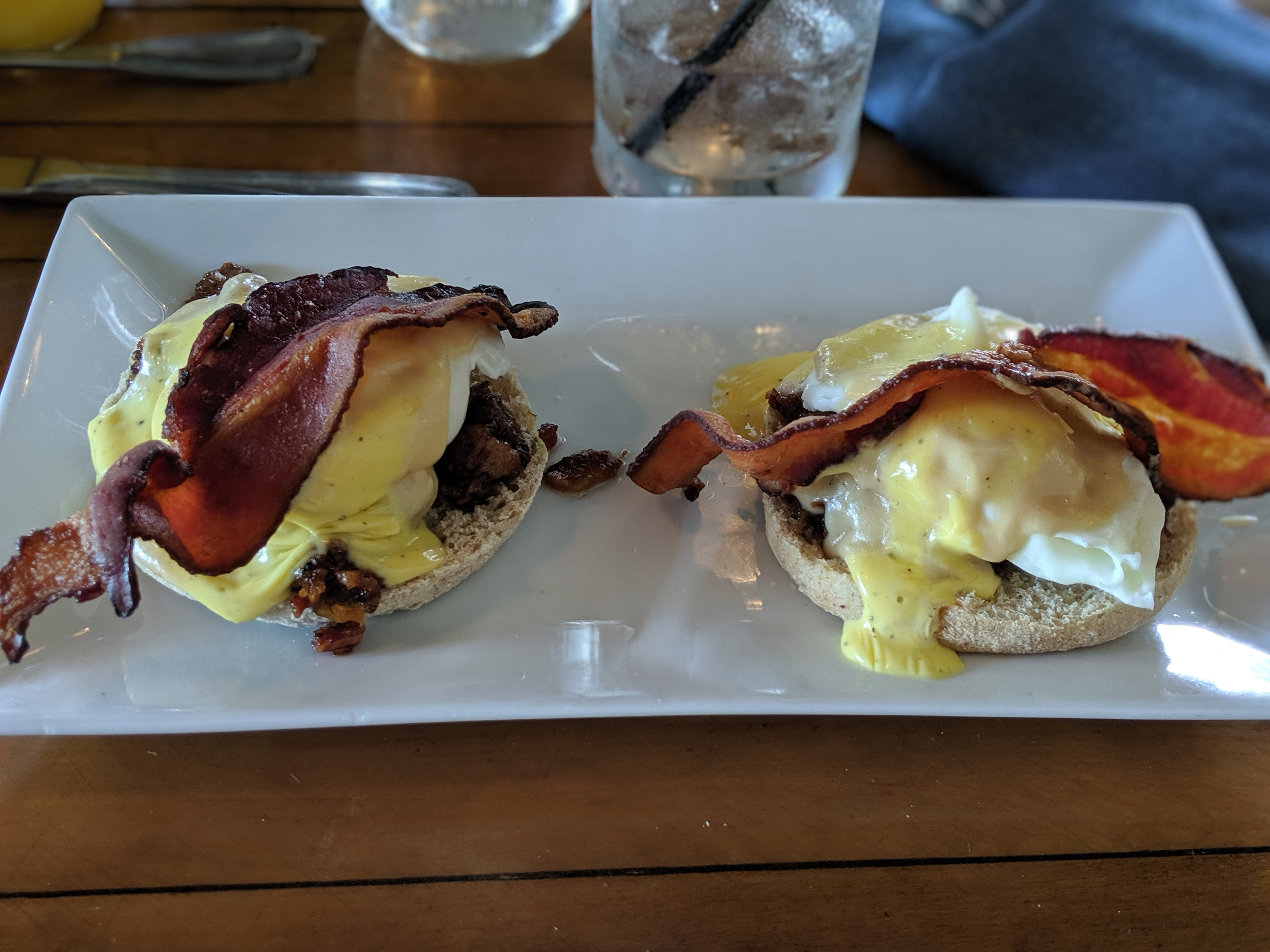 The town drunk eggs benny